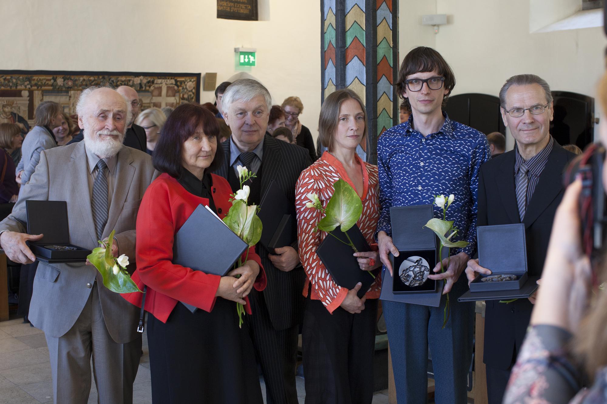 Laureaadid 2015: Leo Rohlin, Aili Vint  ja Toomas Vint, Silja Saarepuu ja Villu Plink, Vello Vinn